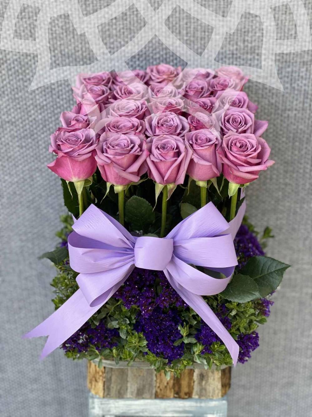 Victoria, 25 rosas